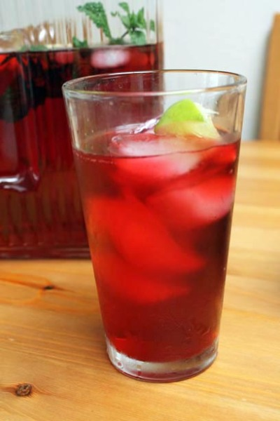 How to Make Jamaica (Hibiscus Tea)